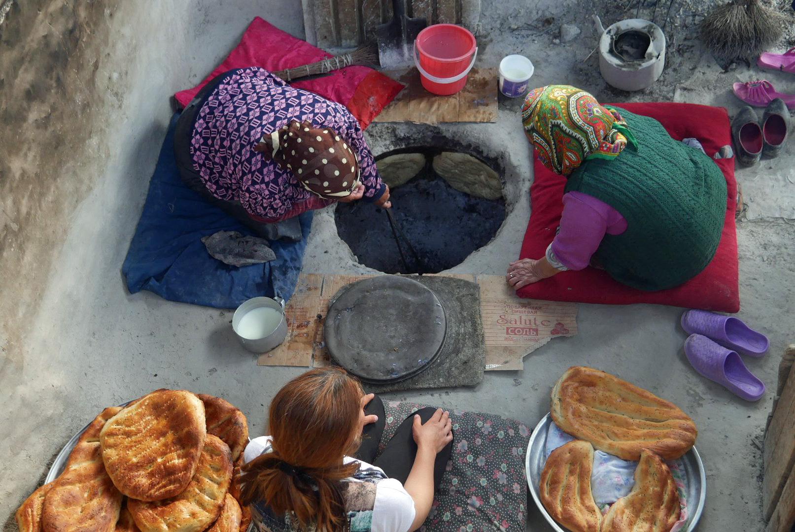 Bread baking in tandir oven, Azerbaijan | Feride Buyuran Tours